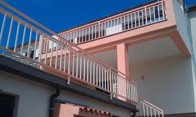Апартаменты в поселке Премантура (2)